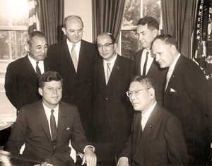 AR6659-A                                  20 June 1961 Meeting with Prime Minister of Japan. Japanese Ambassador to US Koichiro Asakai; President Kennedy; Secretary of State Dean Rusk; Minister of Foreign Affairs of Japan Zentaro Kosaka; Prime Minister Hayato Ikeda; US Ambassador to Japan Edwin O. Reischauer; James J. Wickel, interpreter. Oval Office, White House. Credit